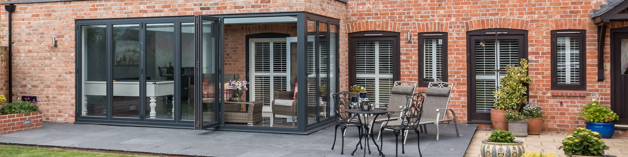 bifold-doors-slider