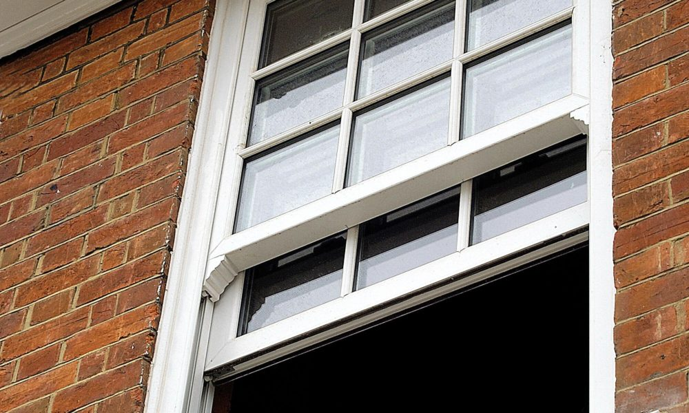 vs_iVertical sliding sash windows Sherborne